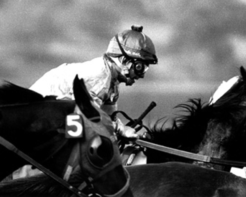 2005.10.311: William Shoemaker at start of race at Santa Anita, 1977 (Bill Mochon)