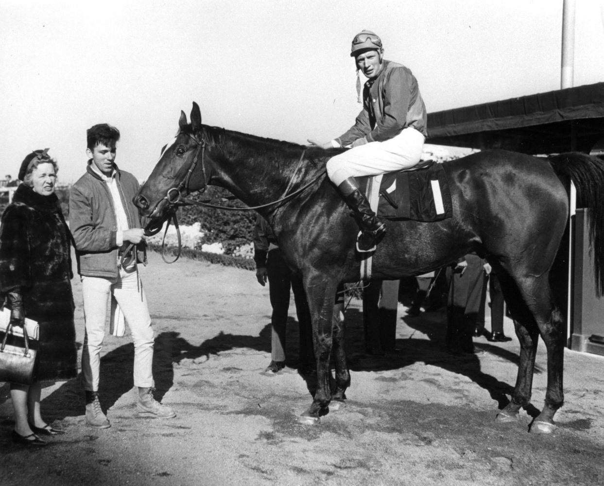 Bon Nouvel (Thomas Walsh up) in the winner's circle for the 1965 Temple Gwathmey (The BloodHorse/Museum Collection)