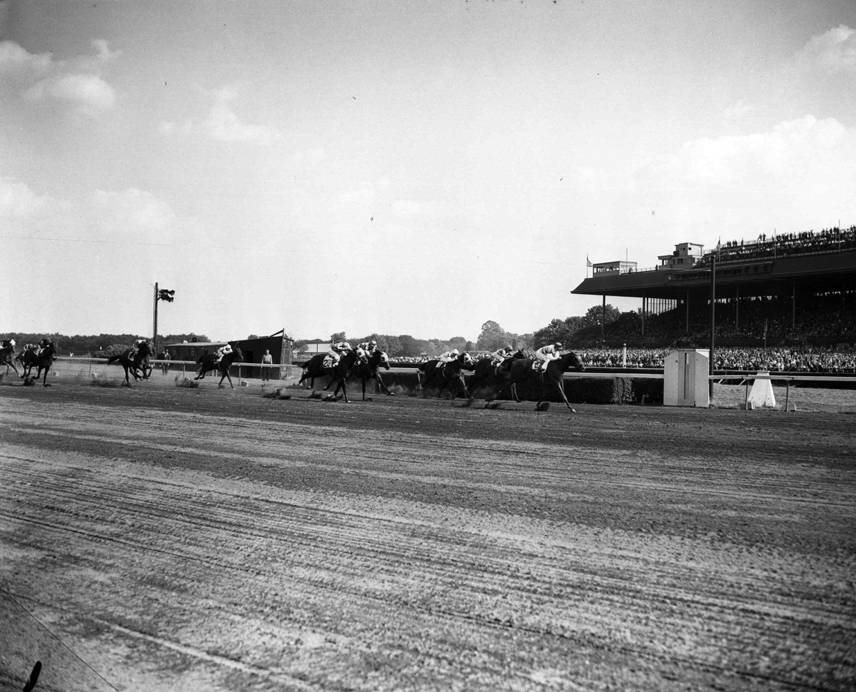 Busher (Eddie Arcaro up) racing to victory in the 1944 Adirondack at Belmont Park (Keeneland Library Morgan Collection/Museum Collection)
