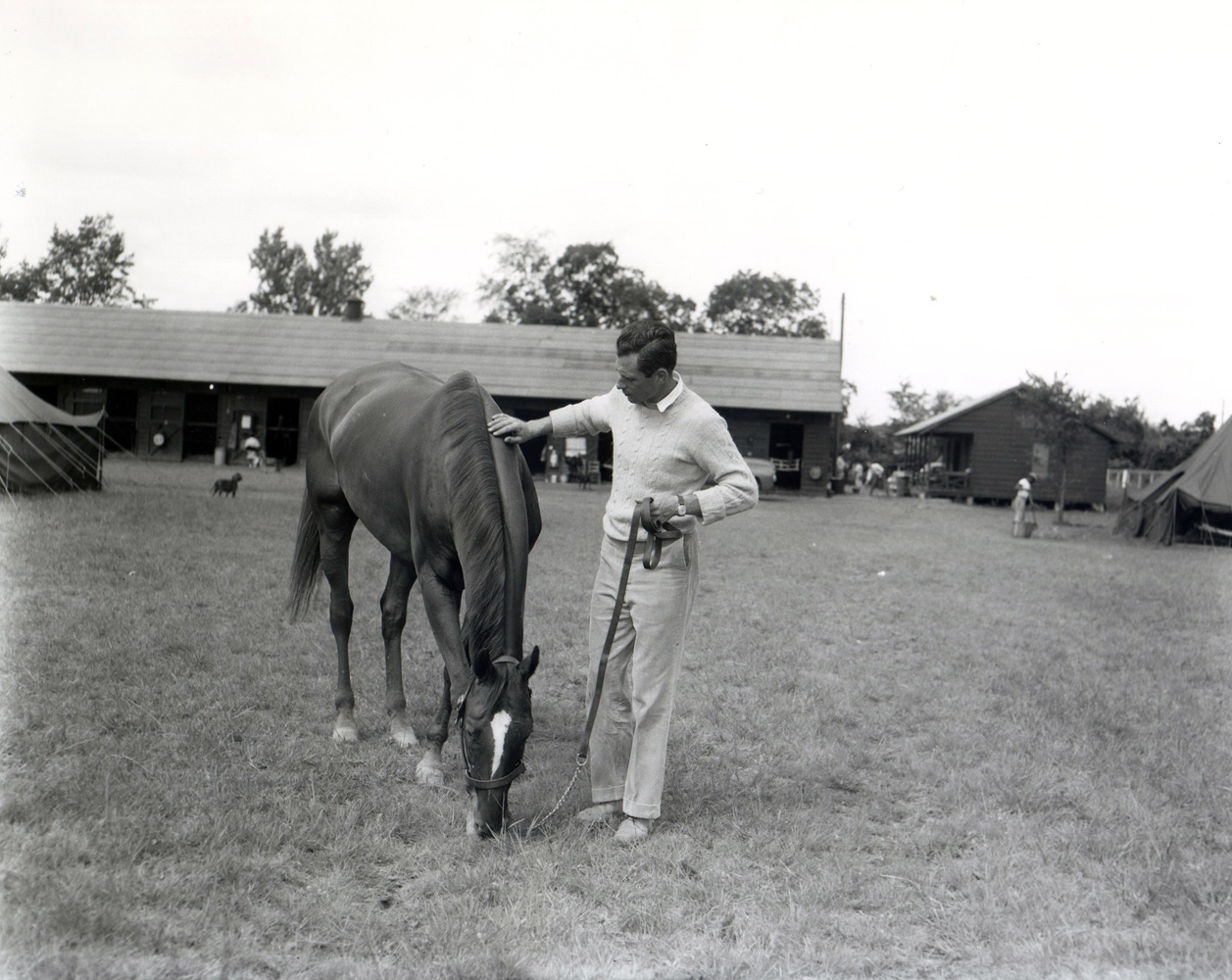 Neji with trainer Mikey Smithwick at Saratoga in 1958 (Keeneland Library Morgan Collection/Museum Collection)