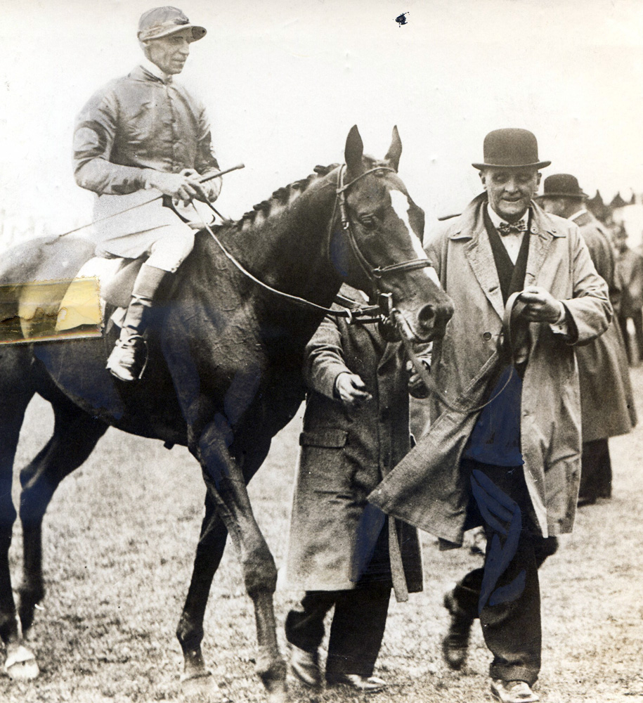 Reigh Count in England, where he won the 1929 Coronation Cup at Epsom and finished second in the Gold Cup at Royal Ascot (Museum Collection)