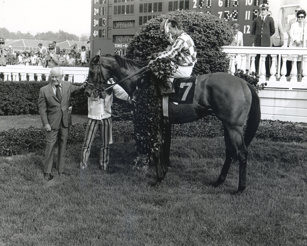 Riva Ridge (Ron Turcotte up) with trainer Lucien Laurin in the winner's circle for the 1972 Kentucky Derby (Churchill Downs Inc./Kinetic Corp. /Museum Collection)