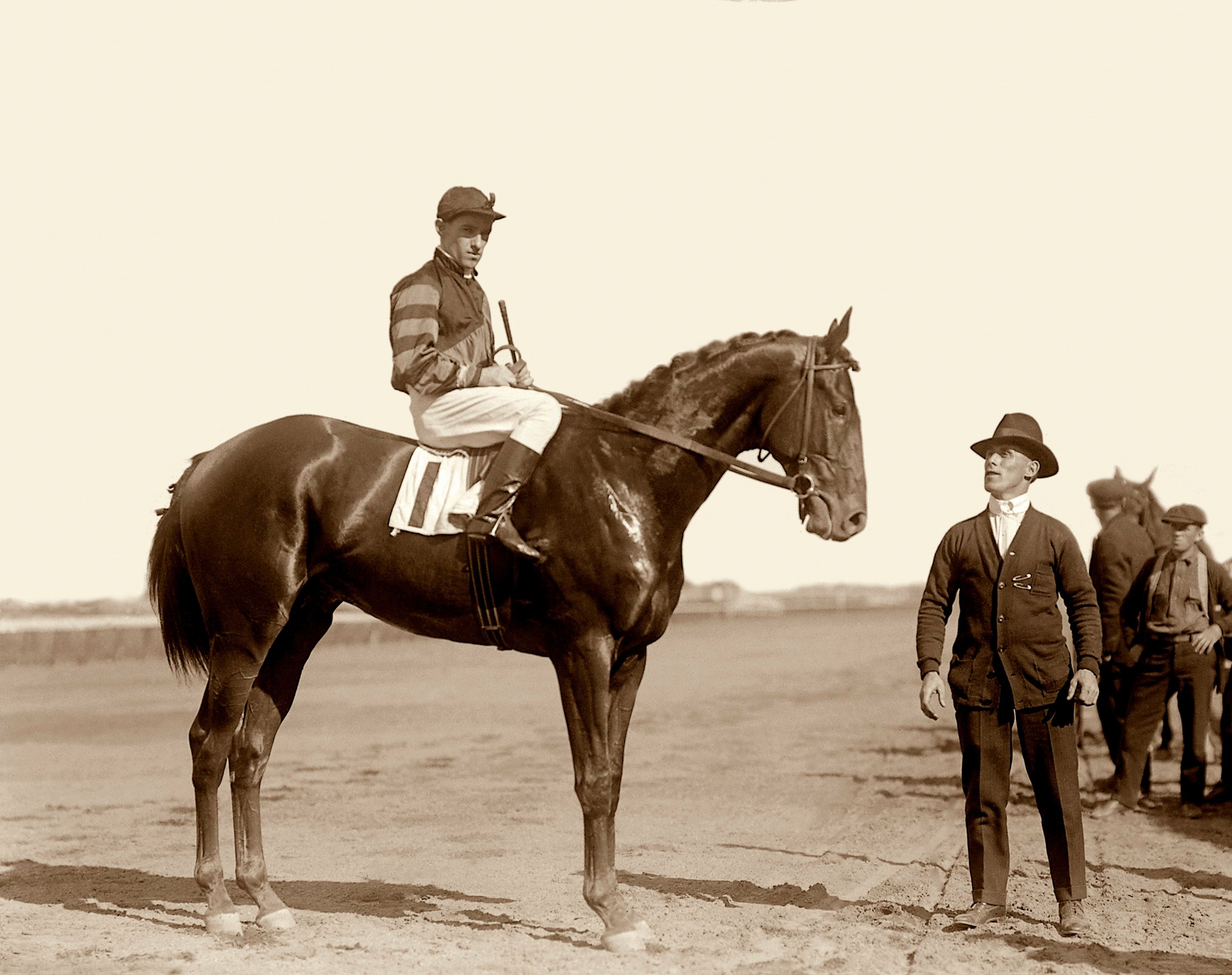 Man o' War (John Loftus up) in the 1919 Futurity Stakes (Keeneland Library Cook Collection)