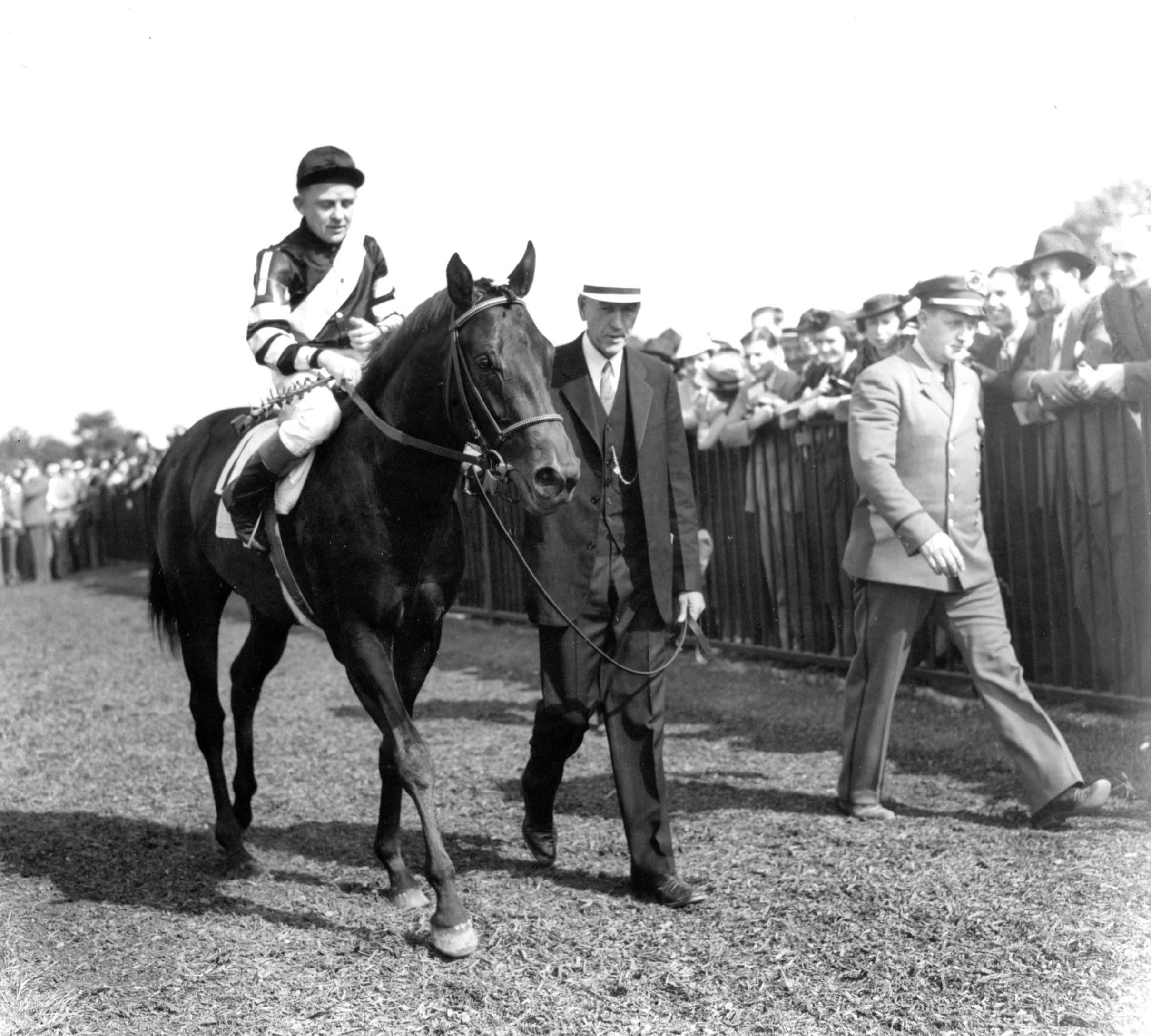 Charles Kurtsinger and War Admiral at the 1937 Belmont Stakes (Keeneland Library Morgan Collection/Museum Collection)