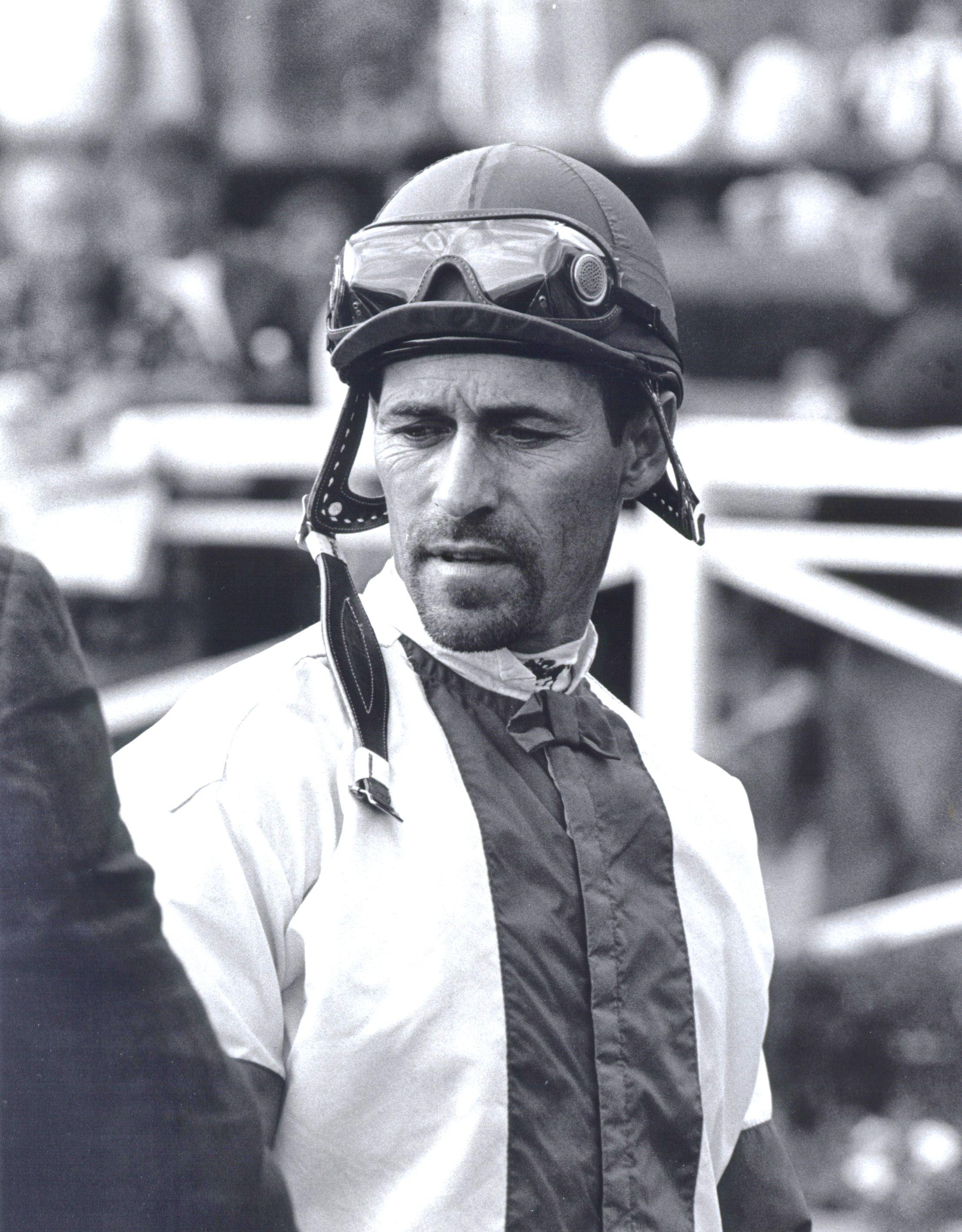 Gary Stevens in the Santa Anita paddock, October 2004 (Bill Mochon/Museum Collection)