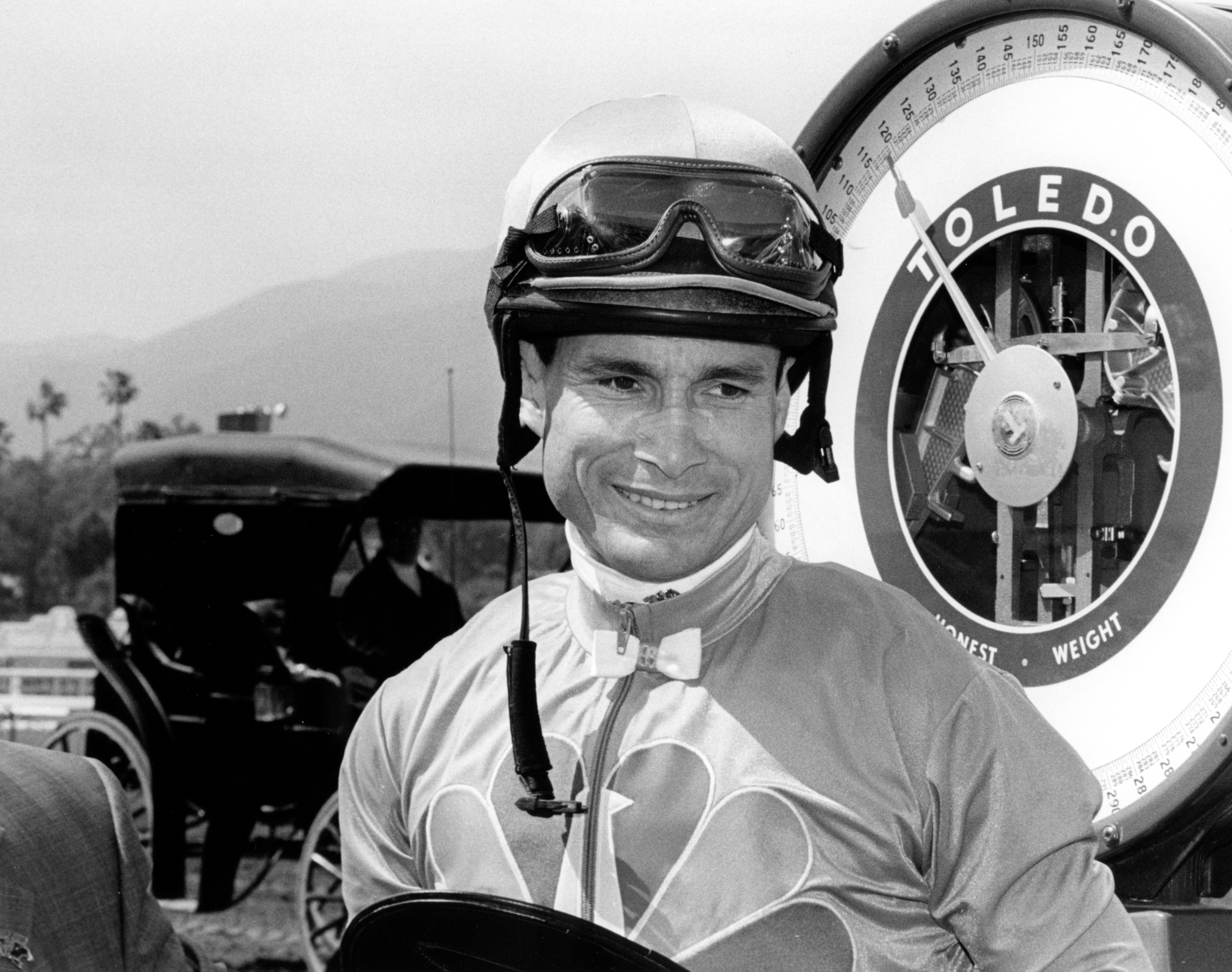 Alex Solis weighing in after winning the 2006 Santa Anita Derby (Bill Mochon/Museum Collection)