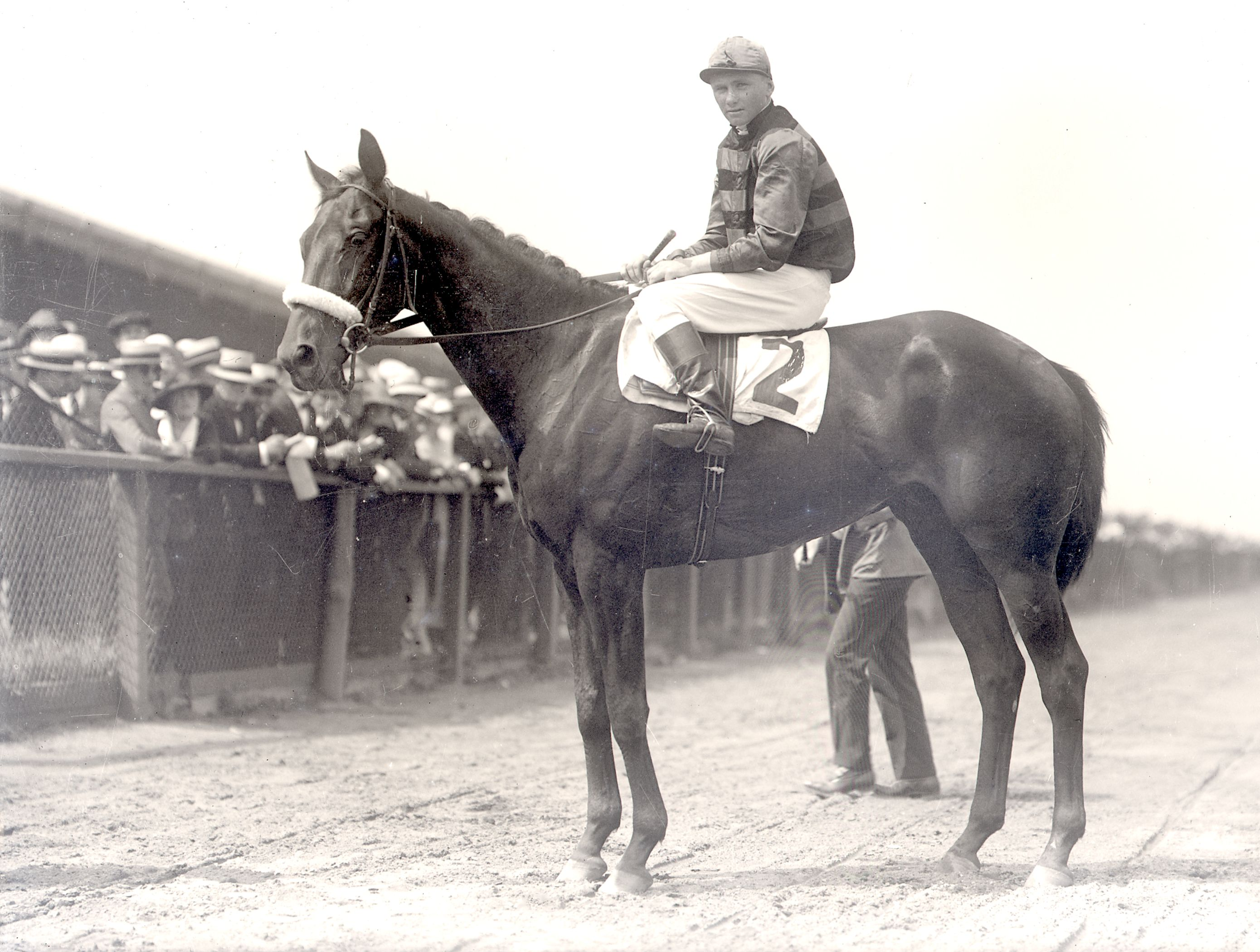 Earl Sande aboard Billy Kelly (Keeneland Library Cook Collection)