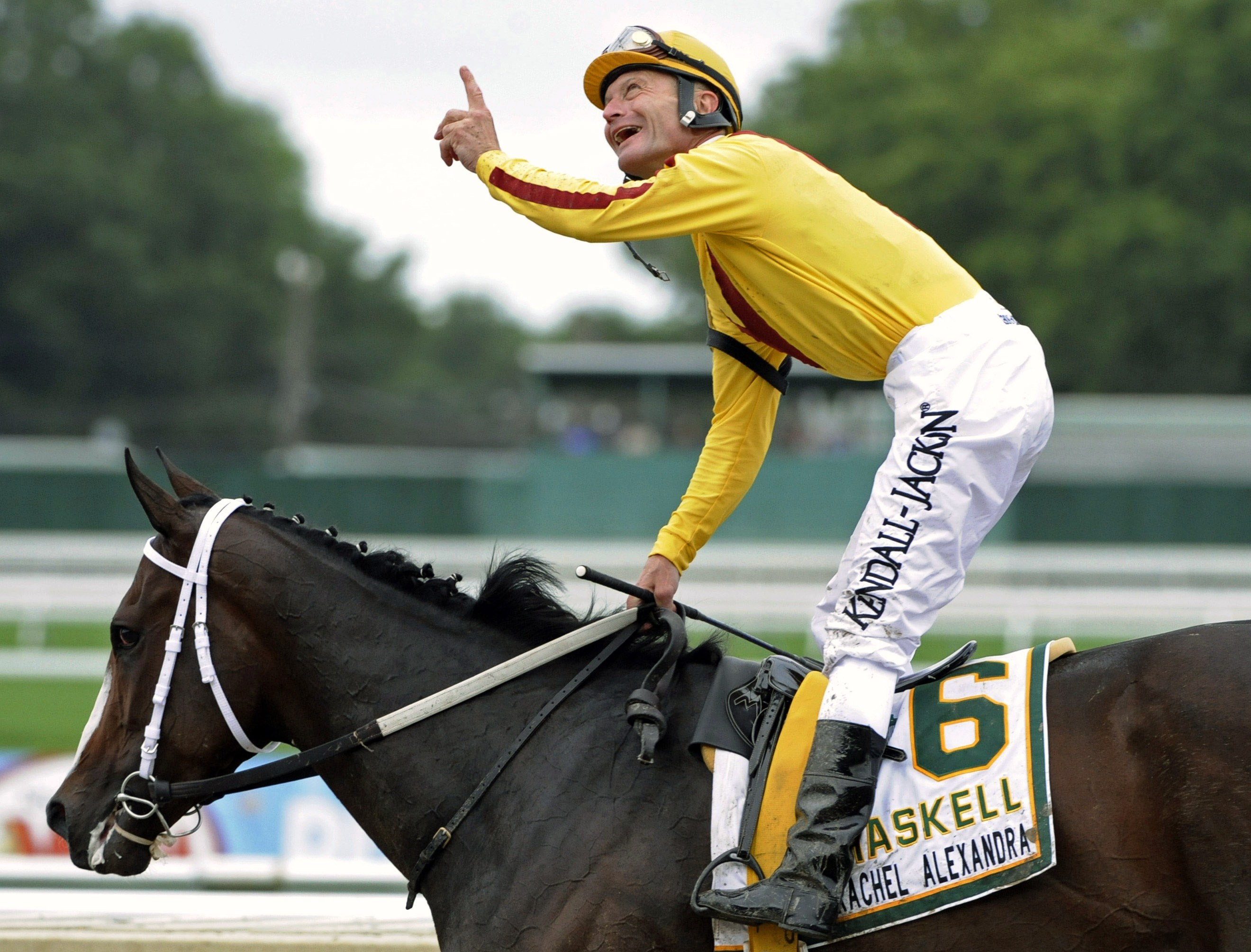 Calvin Borel celebrates winning the 2009 Haskell Invitational aboard Rachel Alexandra at Monmouth Park (Associated Press Photo)
