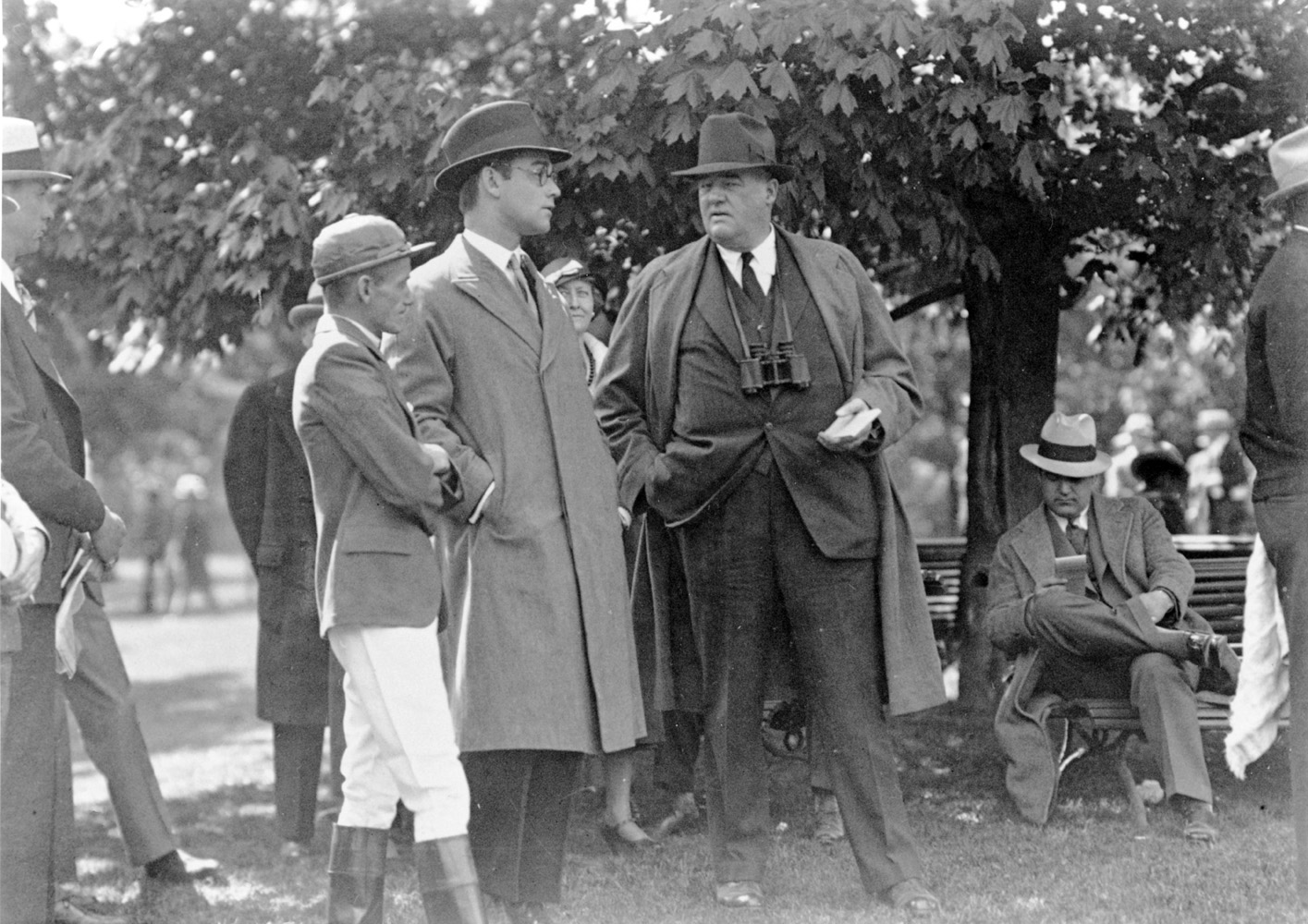 Buddy Ensor, John Hay Whitney, and J. W. Healey in the paddock (Keeneland Library Cook Collection/Museum Collection)