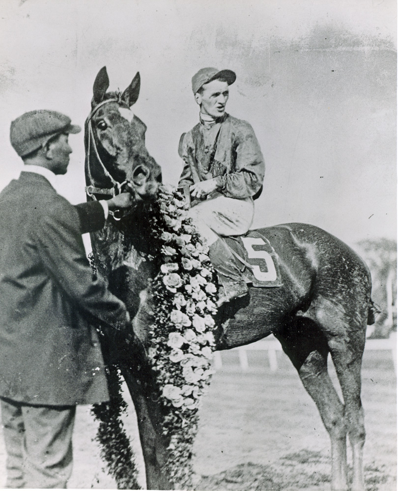 Willie Knapp and Exterminator after winning the 1918 Kentucky Derby at Churchill Downs (Courier-Journal/Louisville Times /Museum Collection)