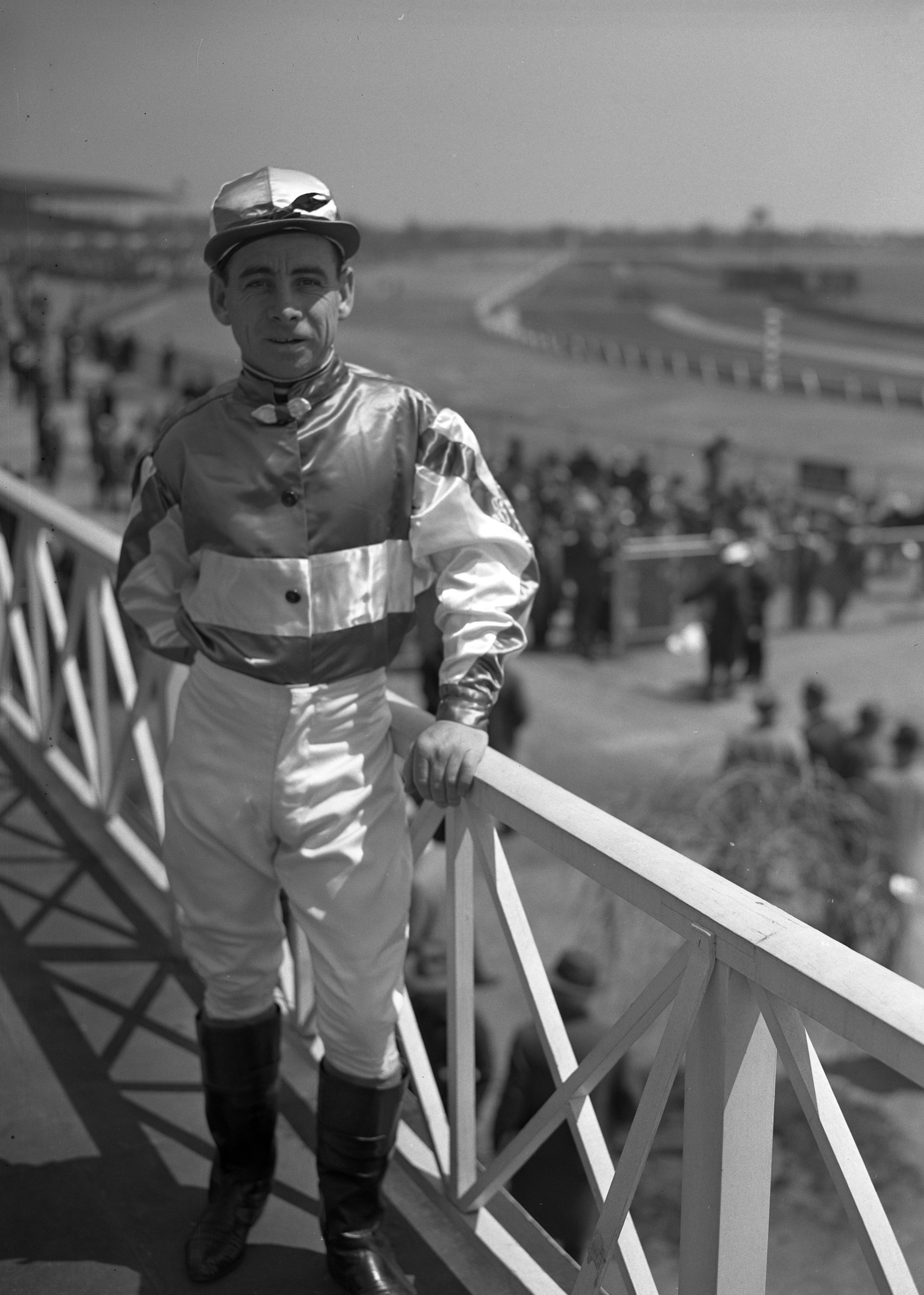 Johnny Longden, April 1944 (Keeneland Library Morgan Collection)