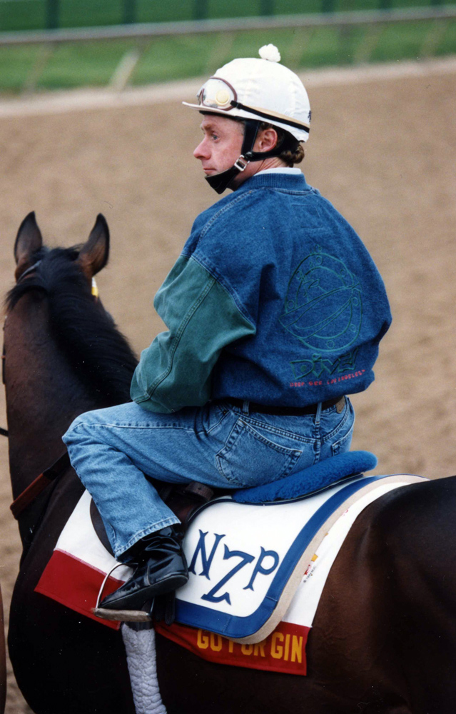 Chris McCarron and Go For Gin during morning workouts at Pimlico in May 1994 (Barbara D. Livingston/Museum Collection)