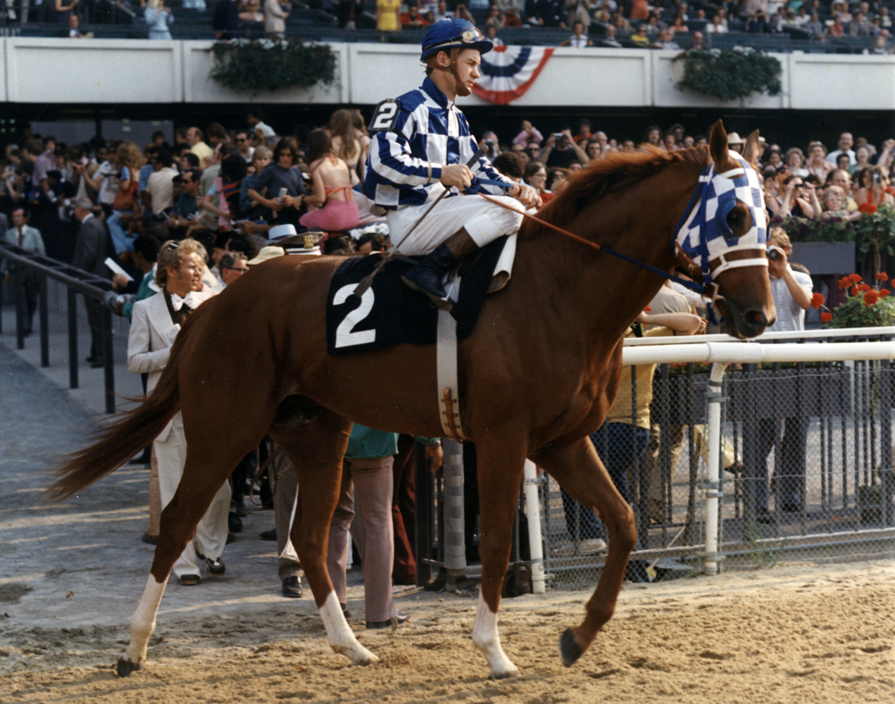 Ron Turcotte and Secretariat entering the track for the 1973 Belmont Stakes (Bob Coglianese/Museum Collection)
