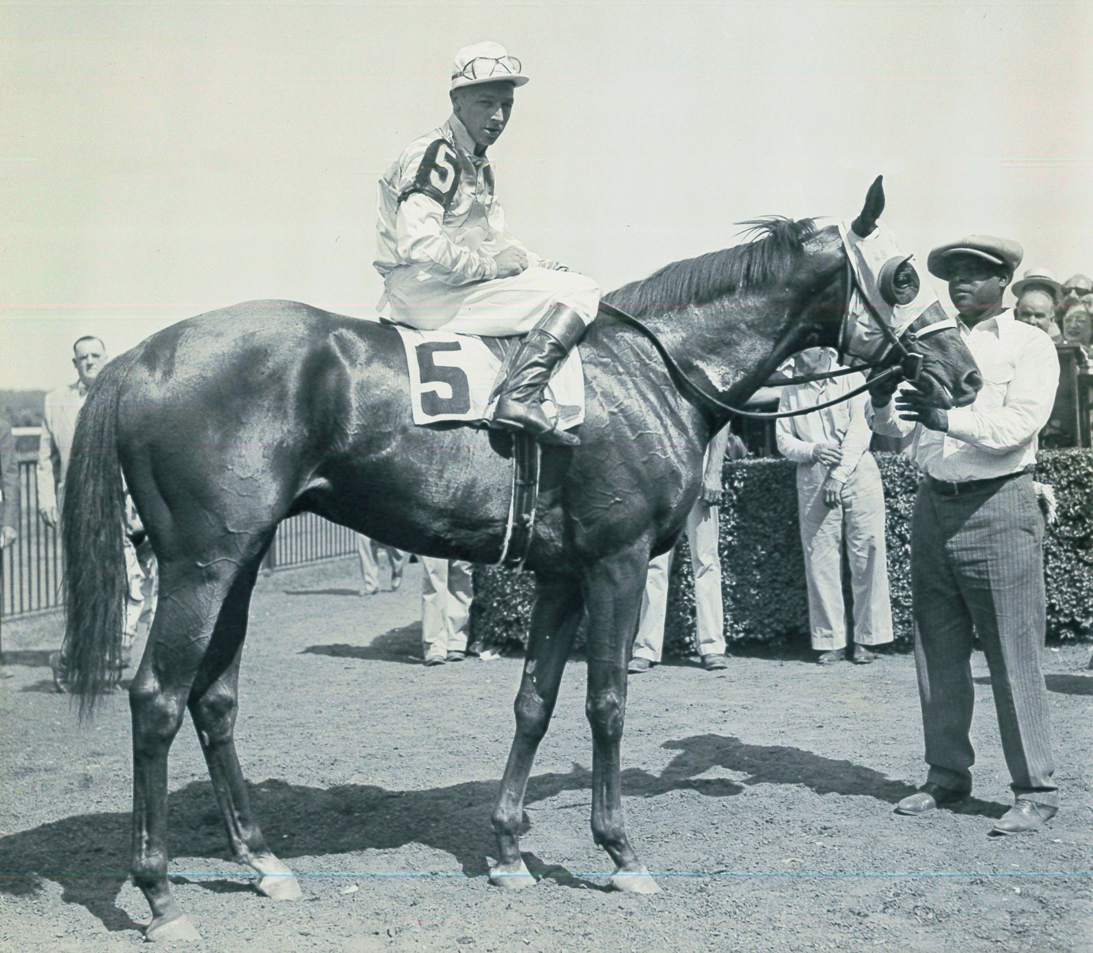 Wayne Wright aboard Mist o' Gold after winning the 1945 Saratoga Special at Saratoga (Bert Morgan/Museum Collection)