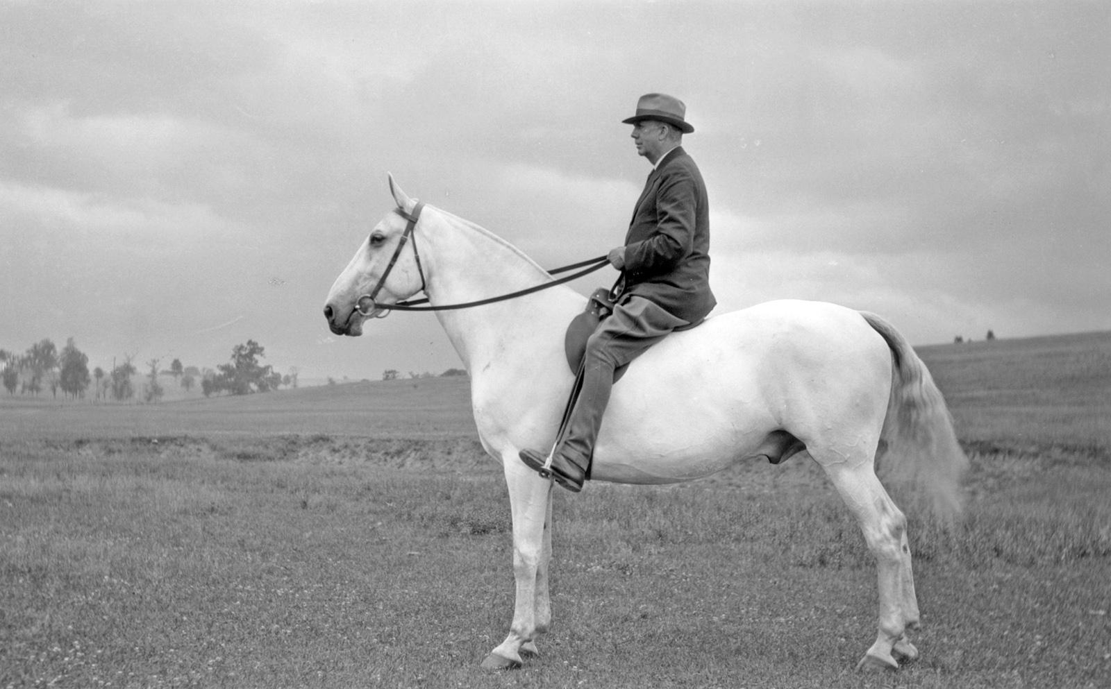 A. B. Hancock on horseback, June 1932 (Grayson-Sutcliffe Collection)
