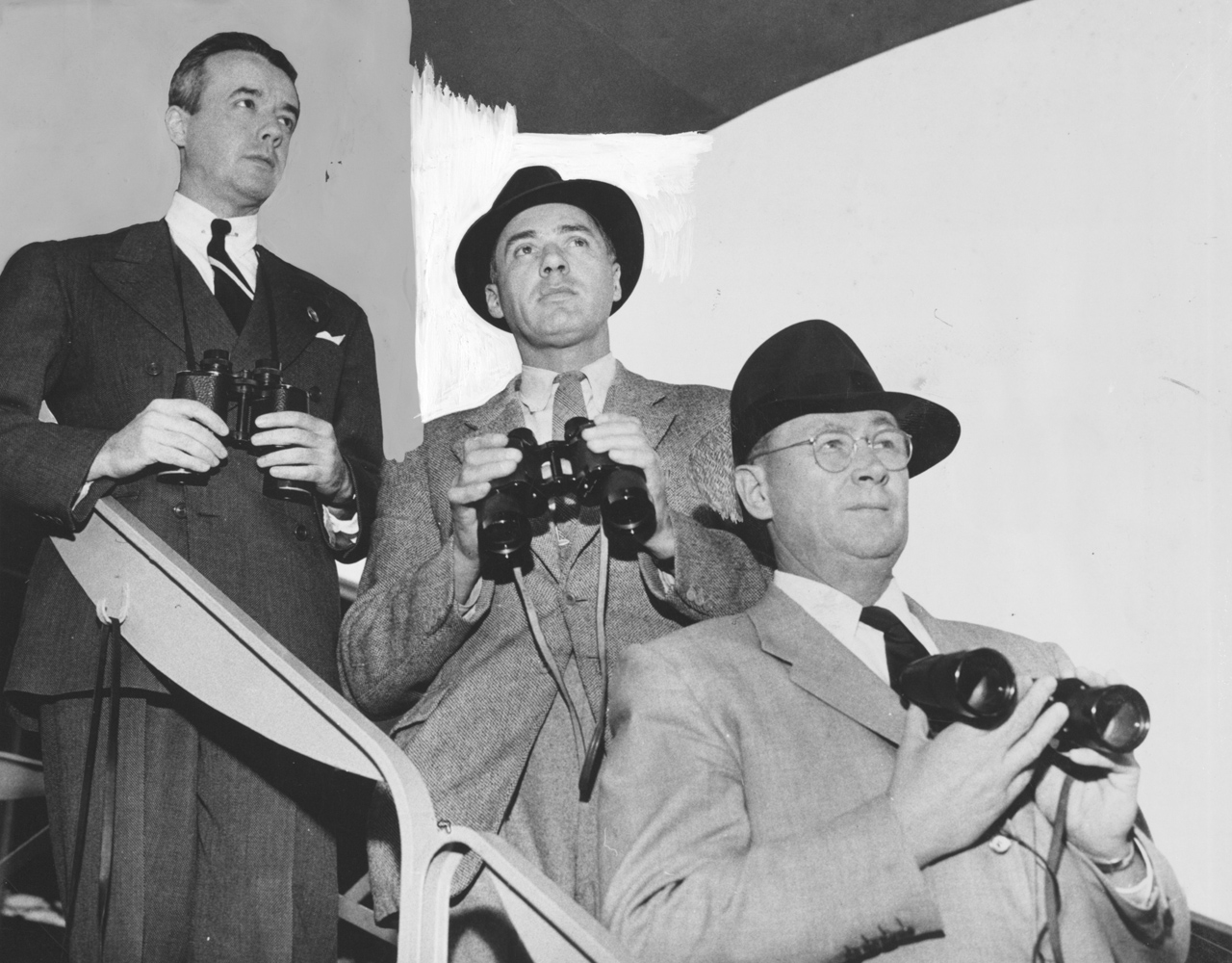 Frank E. Kilroe as assistant racing secretary and placing judge with Aiden Roark and Jeff Cravath at Santa Anita Park (Keeneland Library Thoroughbred Times Collection)
