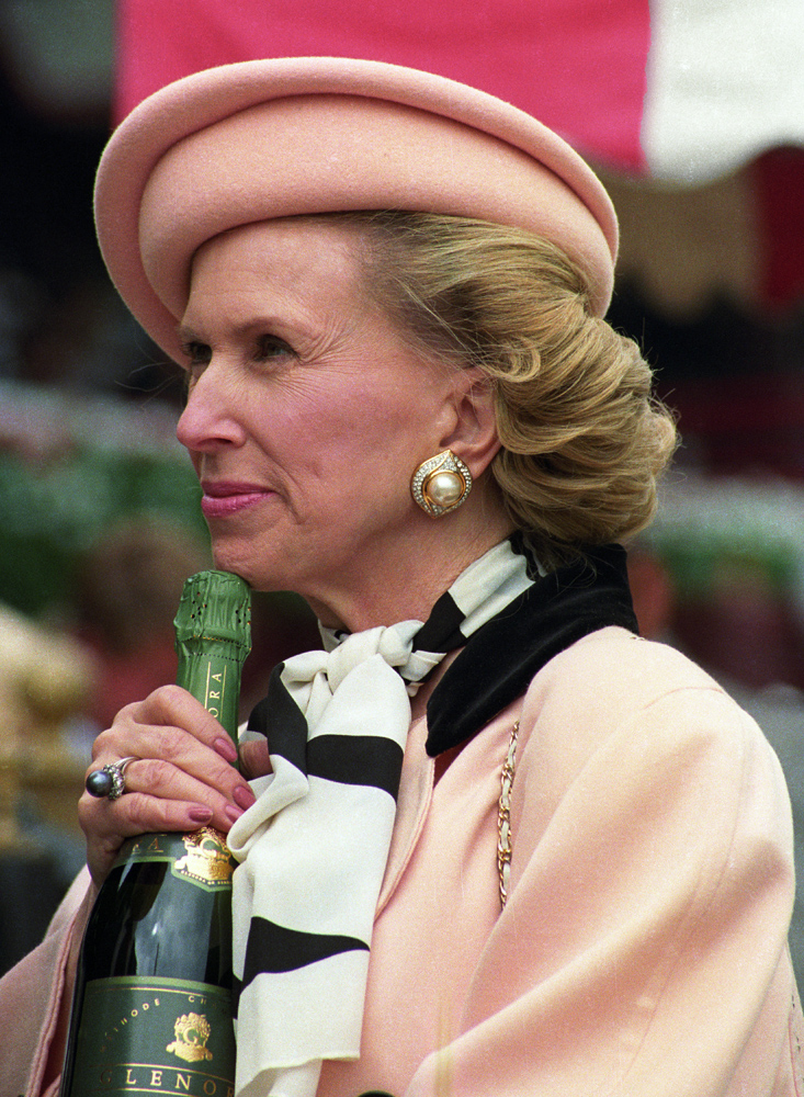 Marylou Whitney at Saratoga in 1992 (Barbara D. Livingston)