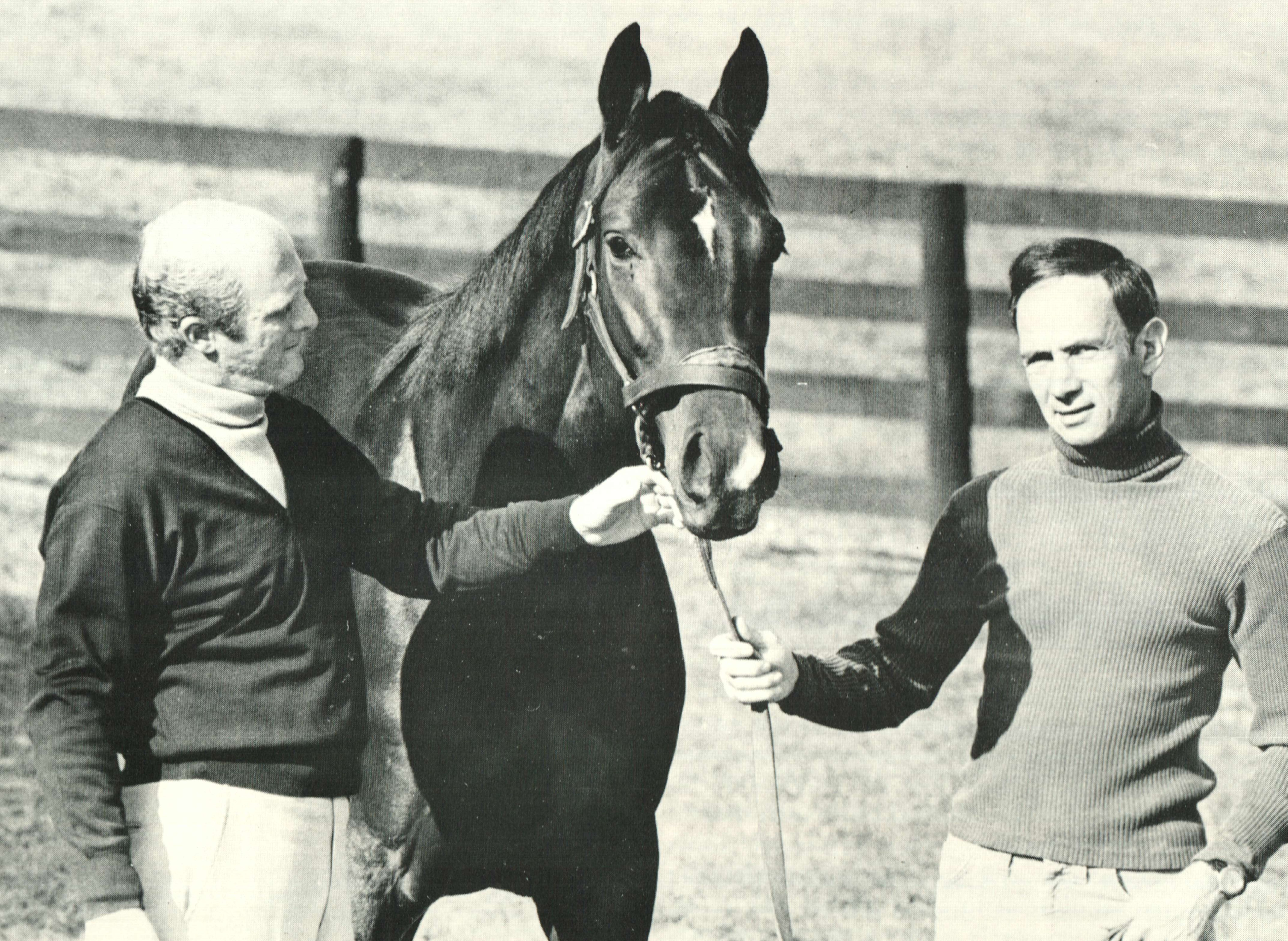 LeRoy Jolley, left, with Honest Pleasure and Bert Firestone (The BloodHorse)
