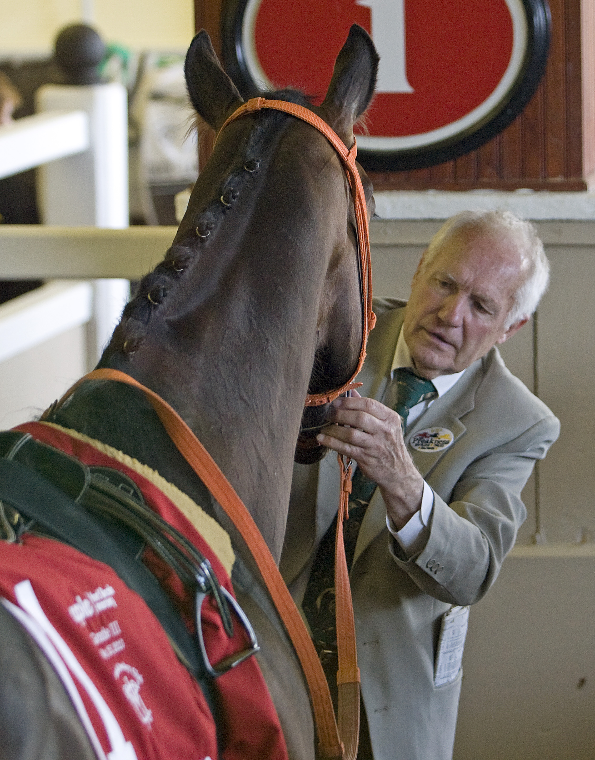 King Leatherbury saddling up Kens Cape for the Chick Lang Stakes at Pimlico, May 2010 (Barbara D. Livingston)