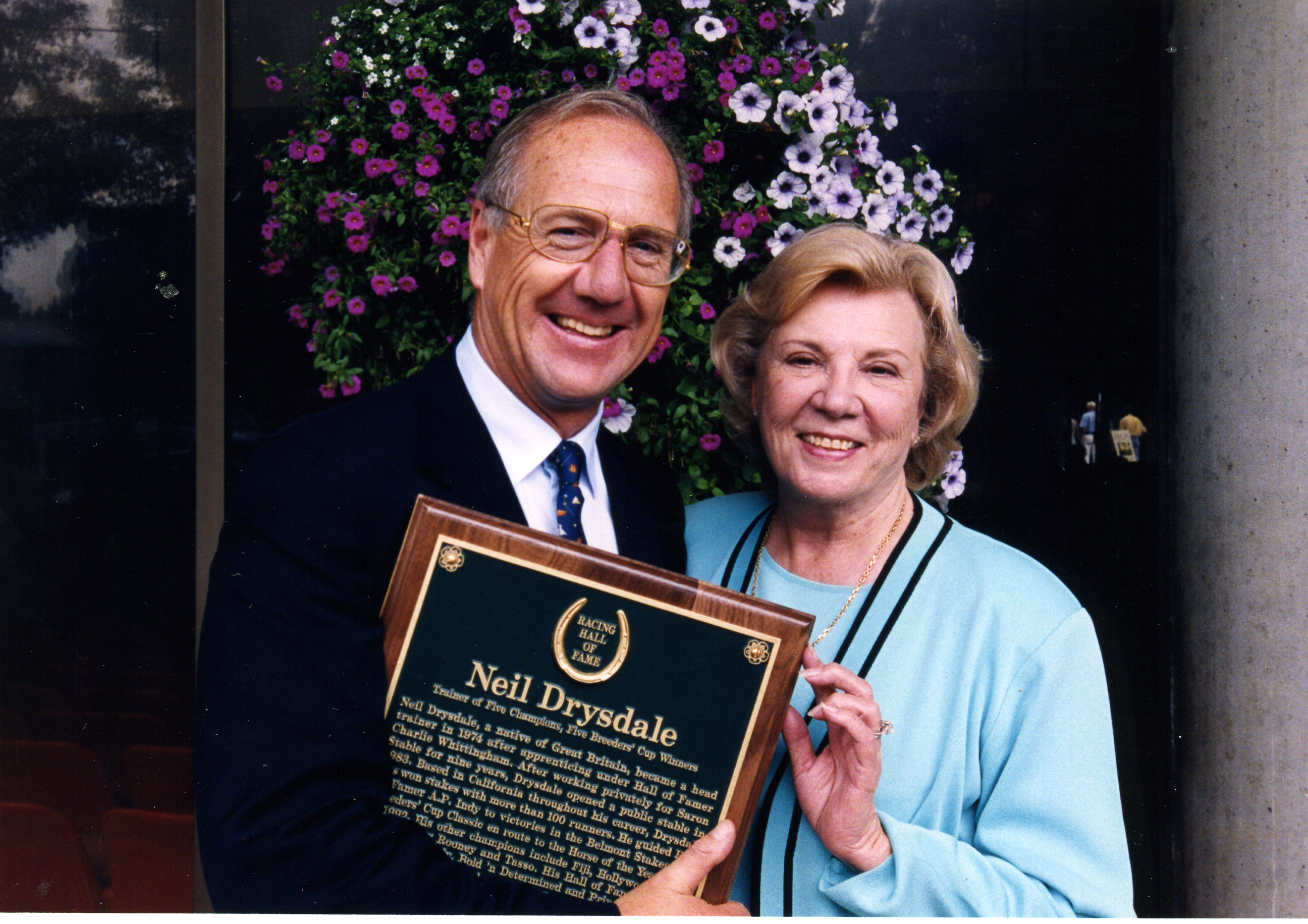 Neil Drysdale and Peggy Whittingham at his Hall of Fame induction in 2000 (Museum Collection)