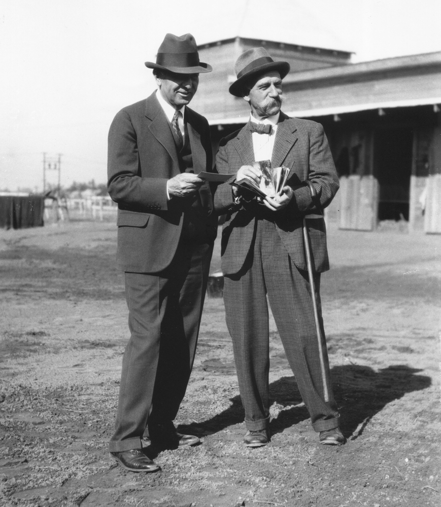 Max Hirsch and painter Martin Stainforth in Columbia, South Carolina in January 1935 (Grayson/Sutcliffe Collection /Museum Collection)