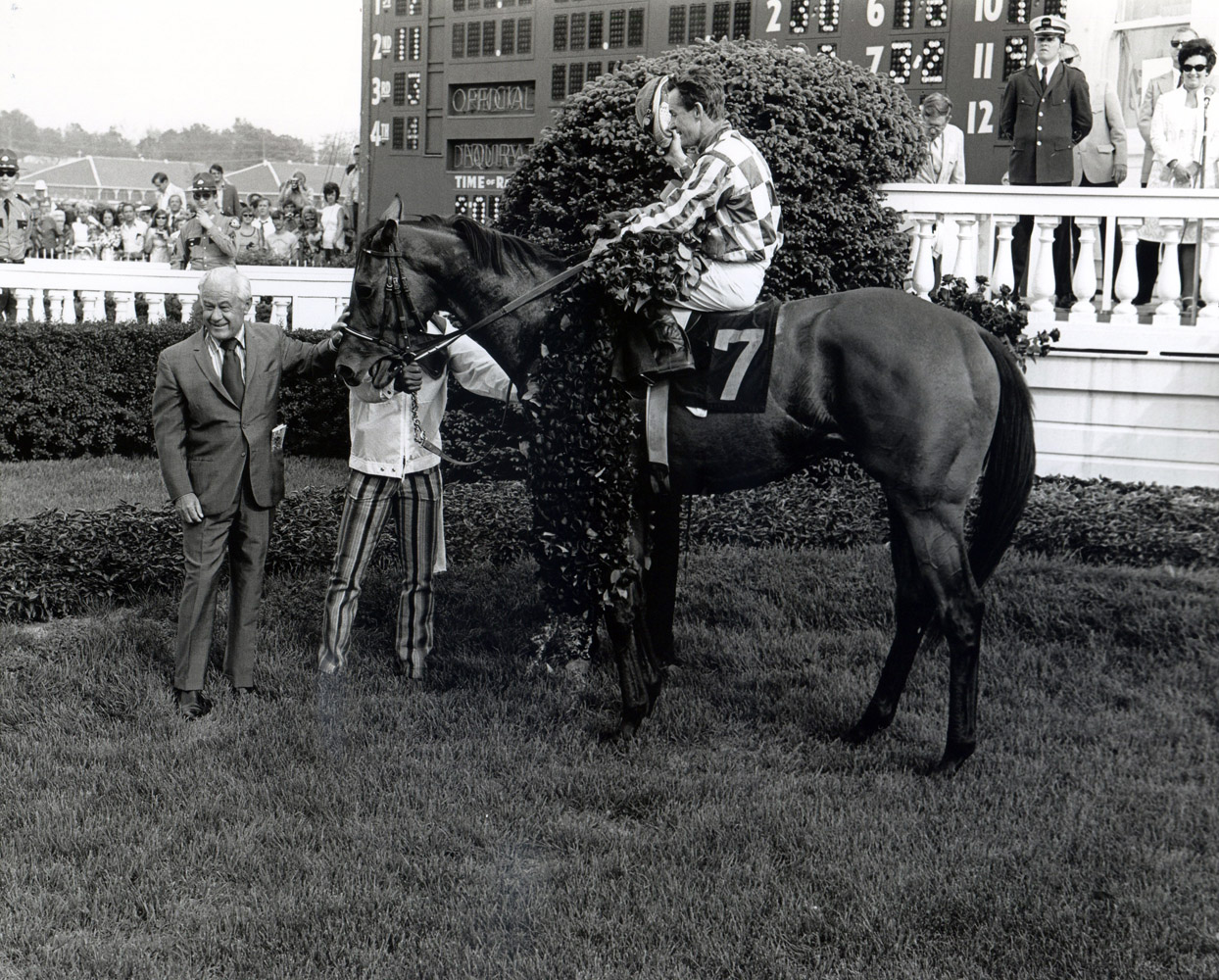 Lucien Laurin holding Riva Ridge (Ron Turcotte up) in the winner's circle for the 1972 Kentucky Derby (Churchill Downs Inc./Kinetic Corp. /Museum Collection)