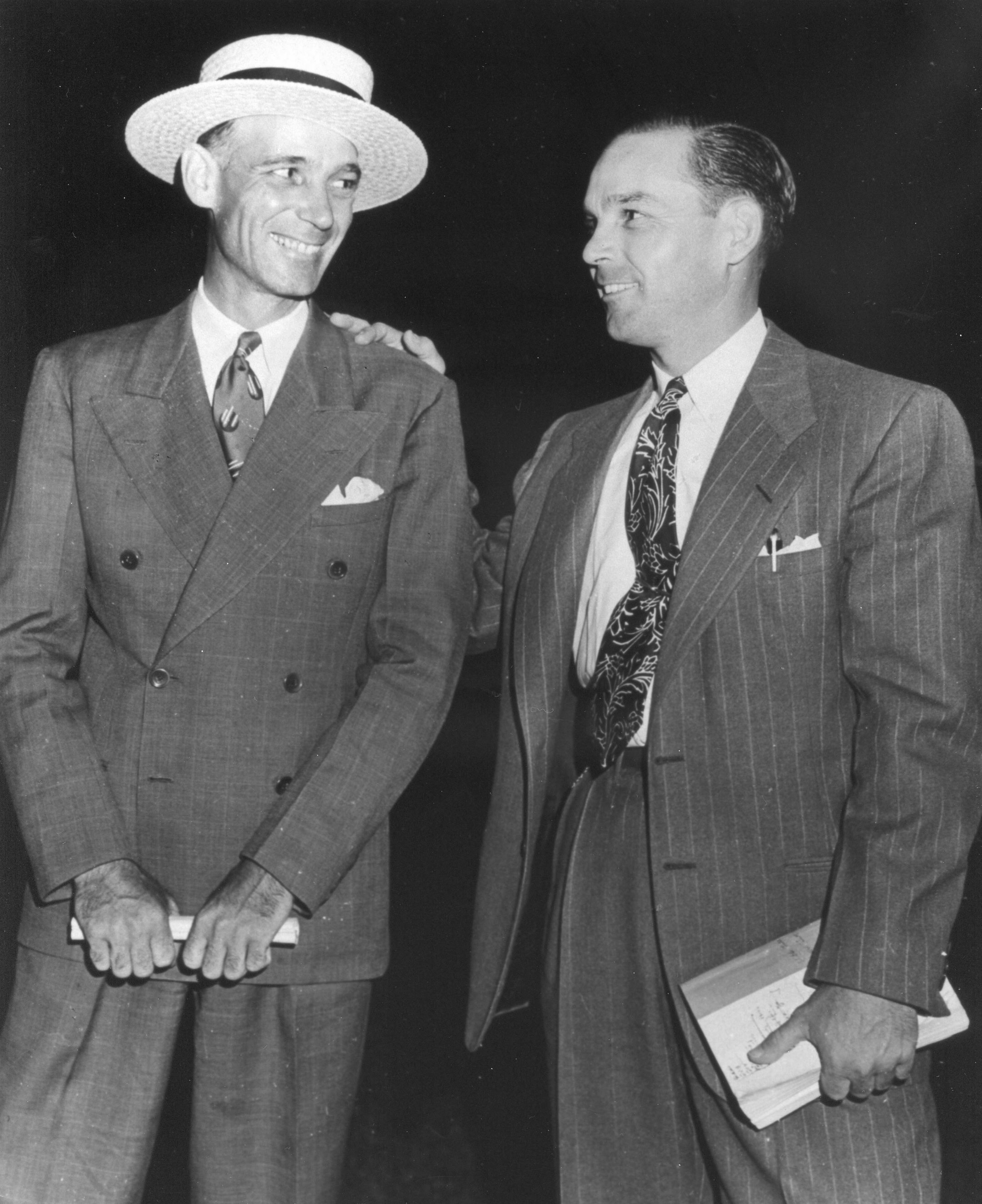 Sherill Ward (right) with father and fellow trainer John Sherill Ward (right) at the Keeneland Summer Sales in 1947 (The BloodHorse/Museum Collection)